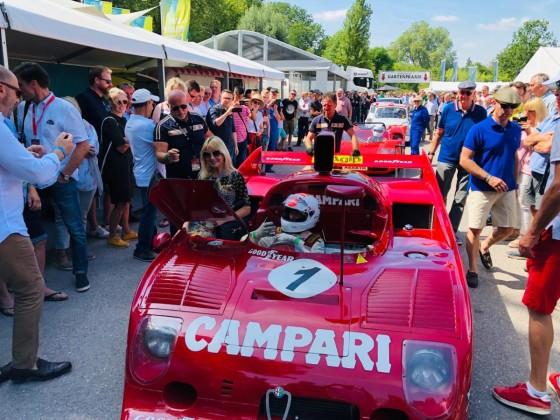 "Schloss Dyck Classic Days 2019, pre-grid im Fahrerlager mit ""Bella Italia"" und Arturo Merzario"