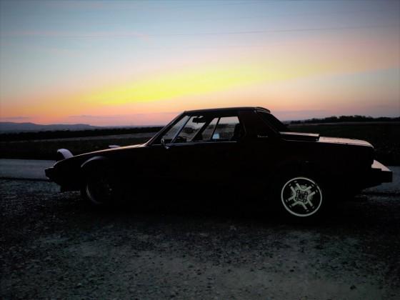 X1/9 im Sonnenuntergang