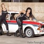 Nice car with som girls