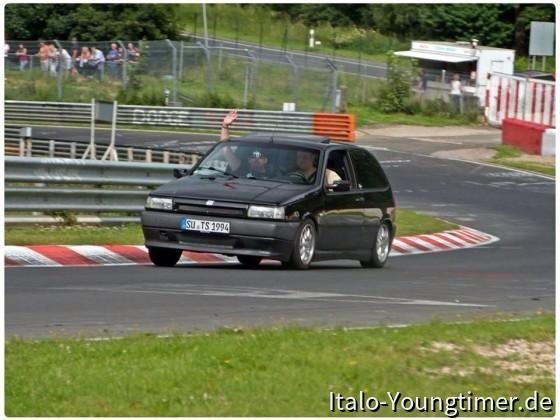 Fiat Tipo Nordschleife Pflanzgarten