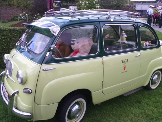 Fiat 600 Multipla, classic days Schloss Dyck